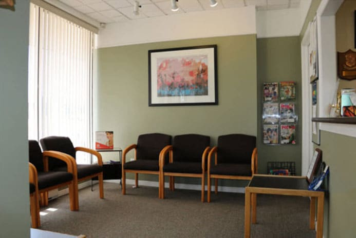 Kitchener Dentist - Front Office Reception